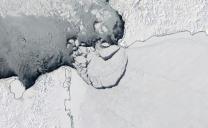 Polo Nord: la NASA fotografa il distacco di un blocco di ghiaccio delle dimensioni di Monaco