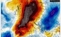 """Caldo africano in Francia, attesi picchi di +44°C: """"è l'ondata peggiore di sempre"""". Penuria di bibite e test con asfalto rinfrescante"""