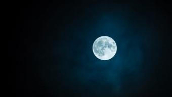 Oggi è la più grande luna piena dell'anno.