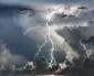 Clima più fresco e nuovi forti temporali minacciano il tempo del primo fine settimana di luglio sull'Italia.