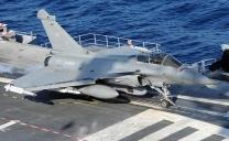 Mar Nero, caccia russi sfiorano nave da guerra Usa: venti di guerra