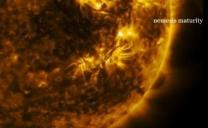 La sonda spaziale SDO della NASA fotografata enorme oggetto sferico vicino al Sole