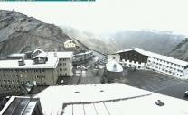 Passo dello Stelvio: risveglio bianco! E' la prima neve di Settembre!