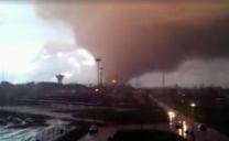Maltempo, tromba d'aria nel Lazio: due morti. A Firenze l'Arno alto 4 metri