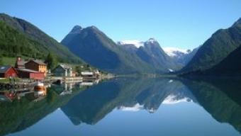 Scandinavia: clima molto caldo fino a nord del Circolo polare artico