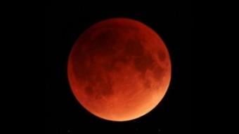 La luna Rossa: Eclissi lunare 21 gennaio 2019
